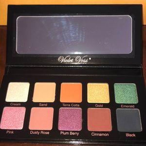 Violet Voss Essentials eyeshadow palette